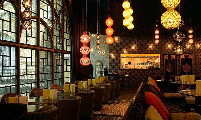 Photo of مطعم ألماظ باي مومو في مول الإمارات
