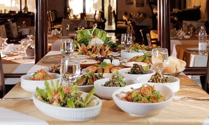 مطعم الحلاب من مطاعم القهرهود دبي المشهورة
