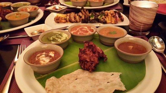 صورة مطعم تشور بازار في فندق موفنبيك بوابة ابن بطوطة