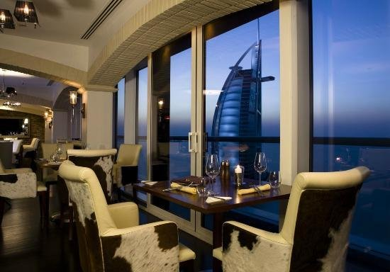 Photo of مطعم لاباريلا في دبي