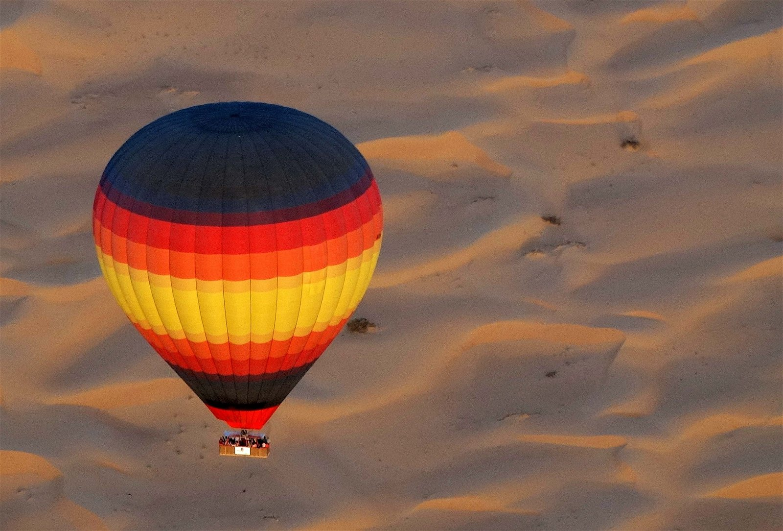 رحلات المنطاد في دبي