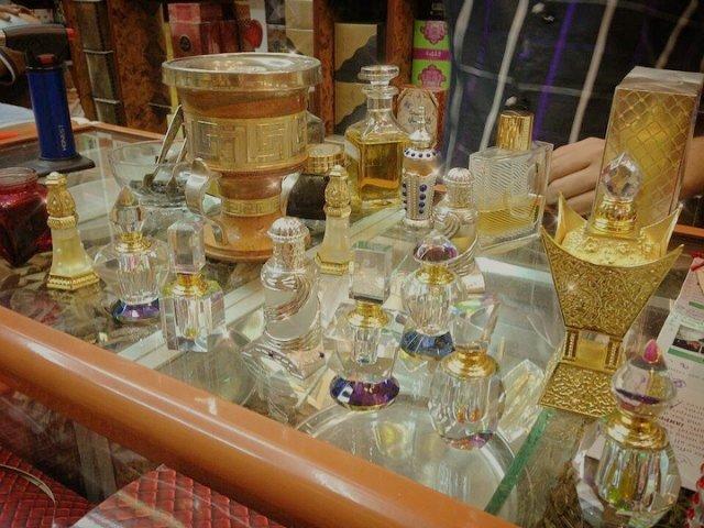 سوق العطور دبي