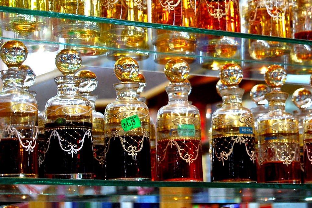 Photo of اهم 10 معلومات عن سوق العطور دبي