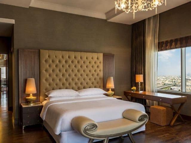 فنادق البرشاء دبي ٥ نجوم