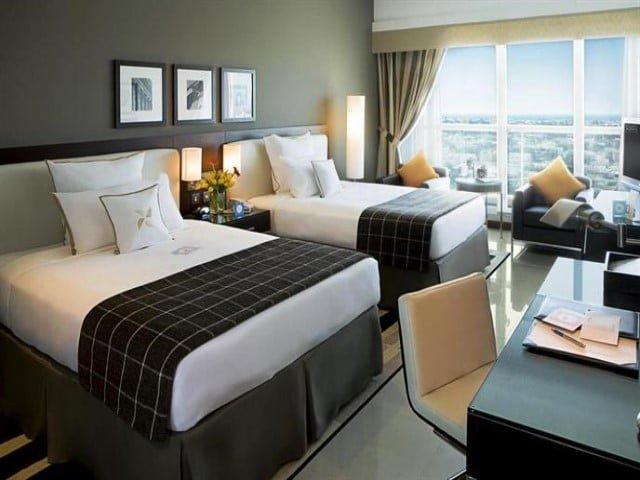 فنادق دبي٤ نجوم شارع الشيخ زايد
