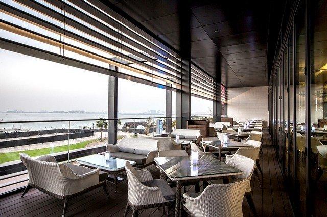 مطعم الرمال السبعة من من افضل مطاعم jbr دبي