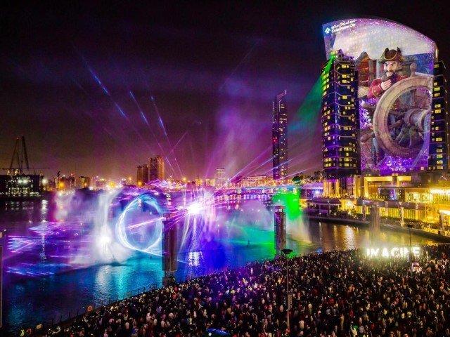 دبي فستيفال سيتي مول - عرض الماء والضوء