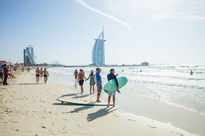 شواطئ دبي من اهم الاماكن السياحية في دبي