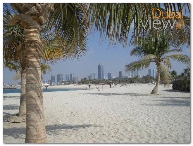 شاطئ الممزر يعتبر من أبرز شواطئ دبي المفتوحة