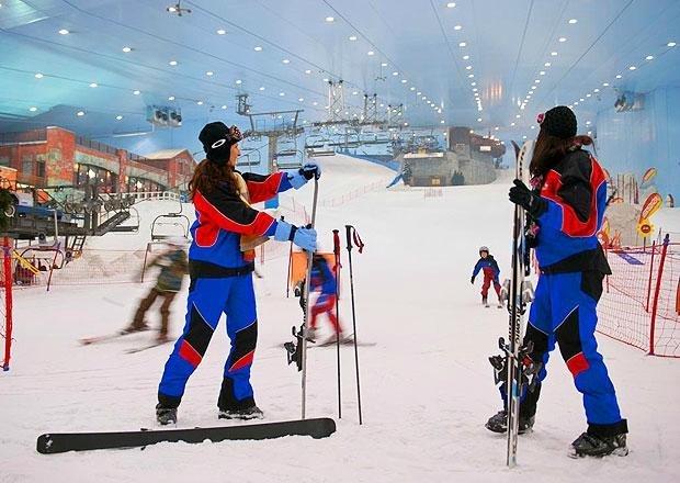 أنشطة يمكنك القيام بها داخل سكي دبي الحديقة الثلجية
