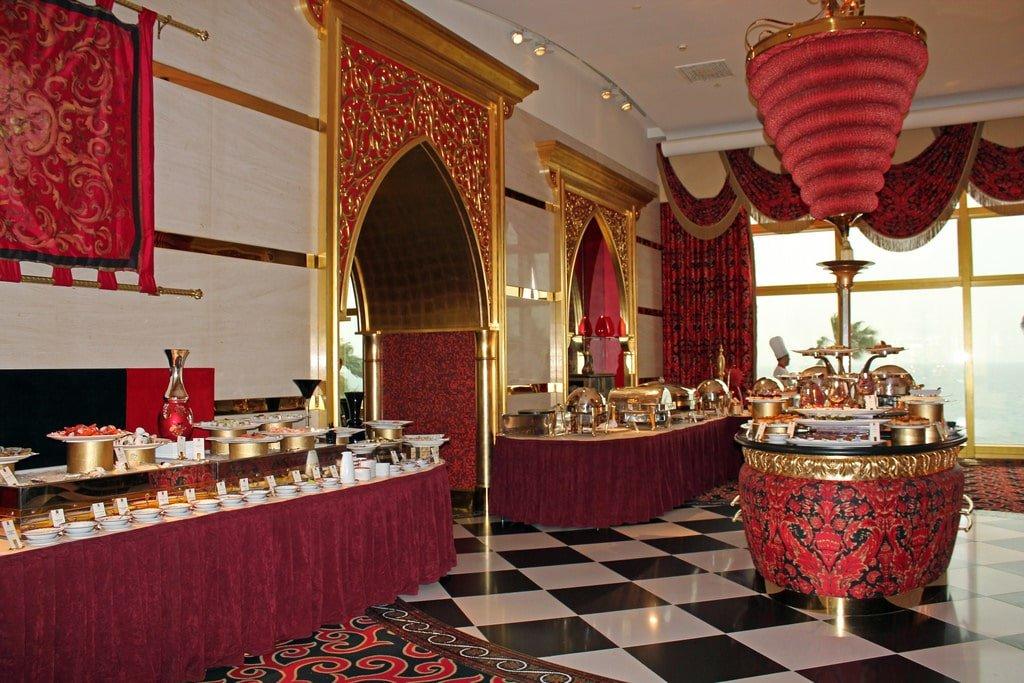 Photo of مطعم الإيوان في برج العرب
