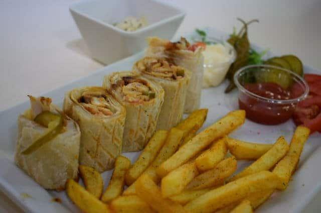 صورة مطعم شاورمانيا في أبراج بحيرة الجميرا