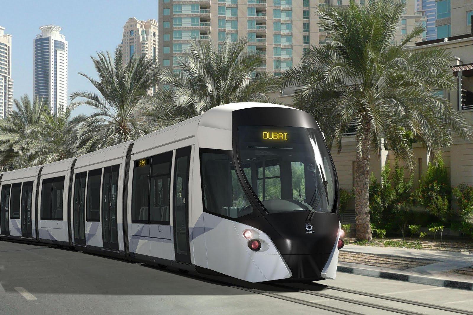 صورة المواصلات العامة  فى دبى