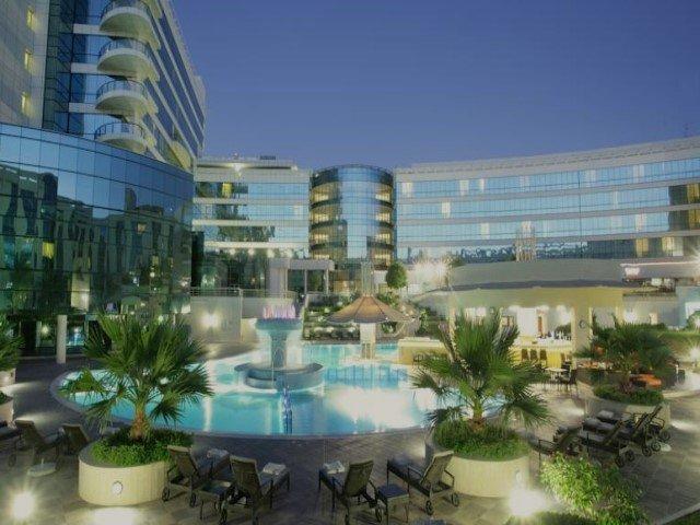 فندق ميلينيوم المطار دبي