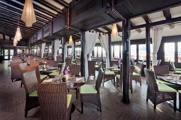 أجمل المطاعم على شاطئ البحر في دبي