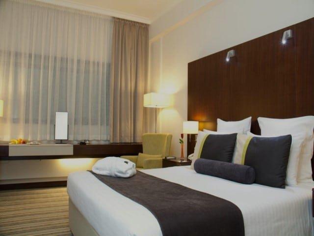 فندق أفاري دبي من فنادق الرقة دبي ٤ نجوم