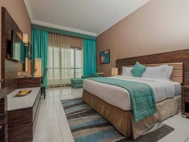 فندق اتانا دبي من فنادق شارع الشيخ زايد 3 نجوم
