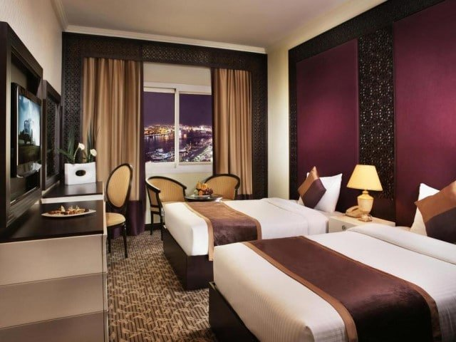 حجز فنادق بالقرب من سوق نايف دبي