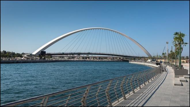 ممشى قناة دبي المائية