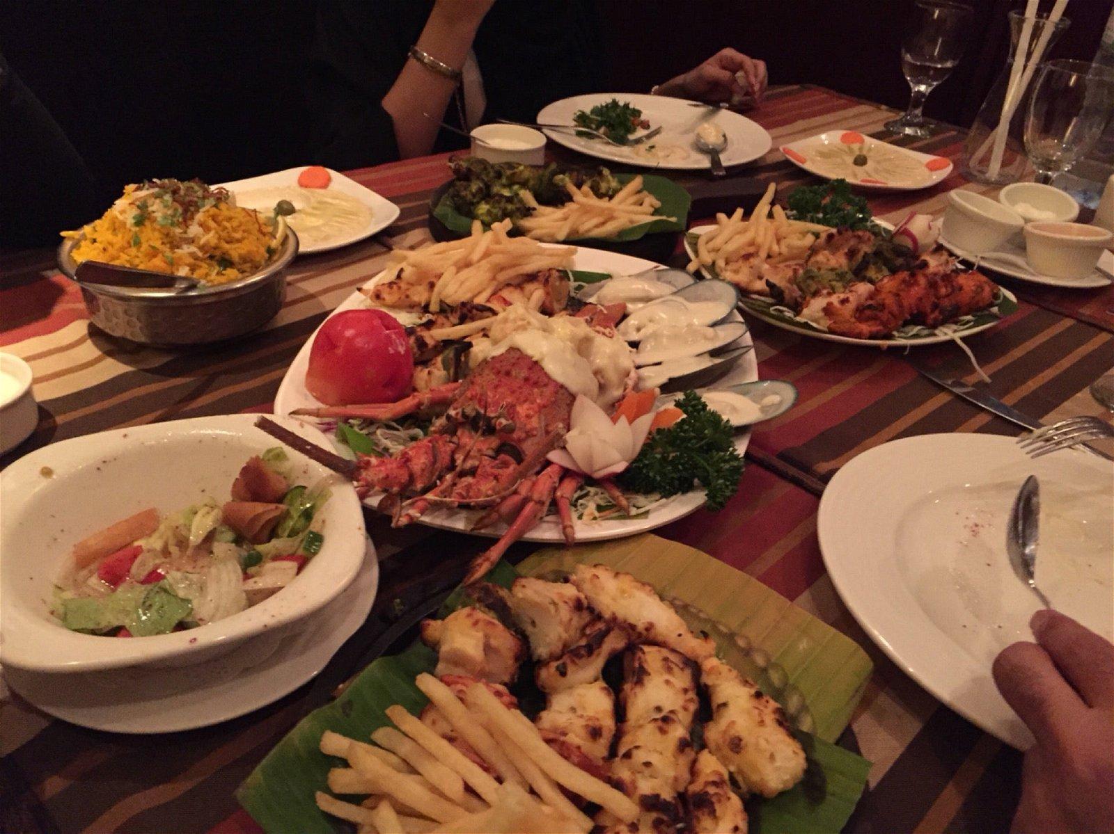 مطعم بحر الامارات