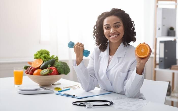 اخصائي تغذية دبي