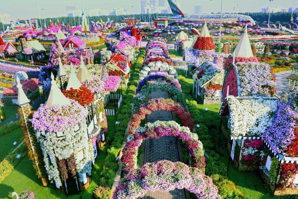 best parks in Dubai Miracle Garden