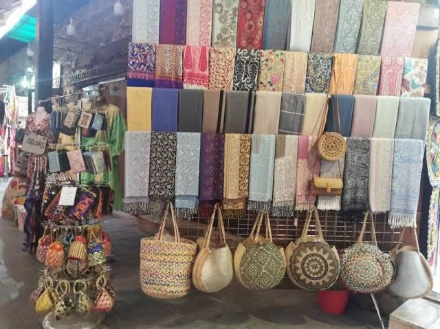 سوق مينا بازار دبي