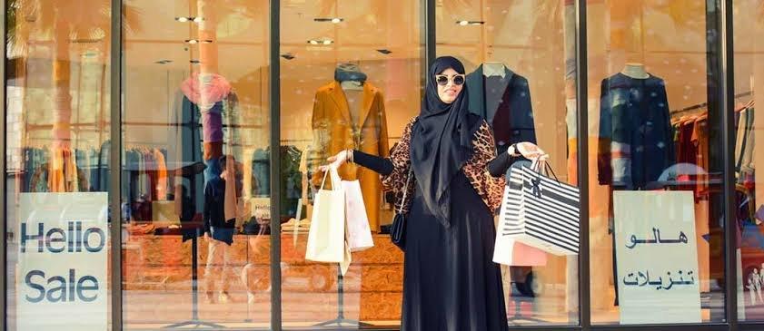 محلات العبايات في دبي
