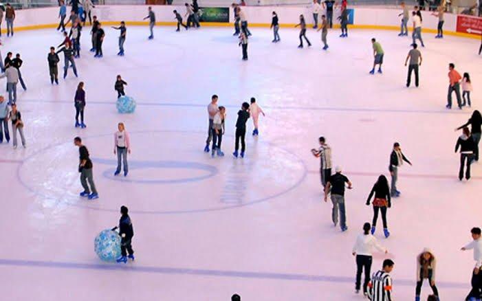 صالات تزلج دبي